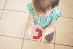 E-urile in alimentatia copilului: ce trebuie sa observi pe eticheta produselor