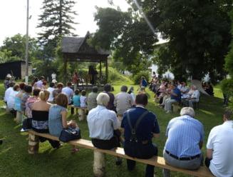EVENIMENT IN PREMIERA. Concert de pian in aer liber, la Soveja