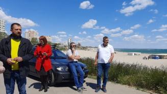 EXCLUSIV! Procurorii si jandarmii au DESCINS, din nou, pe plaja din Faleza Nord. VIDEO