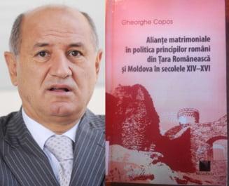 EXCLUSIV De ce Copos nu putea sa scrie la Rahova o carte despre casatoriile principilor romani. Opiniile profesorilor universitari si marturiile colegilor de celula