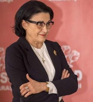 Ecaterina Andronescu ii cere demisia lui Dragnea: Sa nu dam foc PSD-ului si tarii