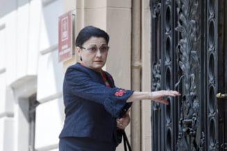 Ecaterina Andronescu ii raspunde lui Iohannis: Nu alerg dupa functii. El ma cunoaste de mult timp