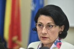 Ecaterina Andronescu le raspunde profesorilor de geografie: Am scapat geografia de la Bacalaureat