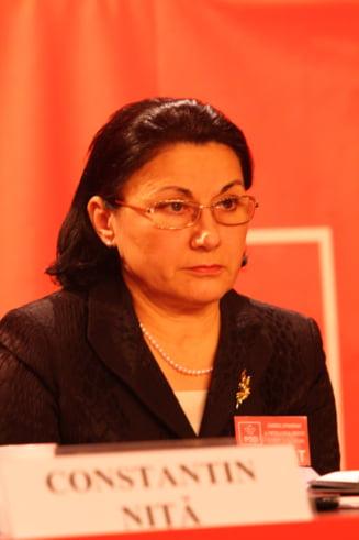 Ecaterina Andronescu poate fi urmarita penal: Nu va pierdeti increderea in onestitatea mea