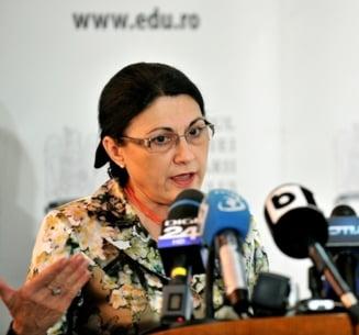 Ecaterina Andronescu respinge acuzatiile de plagiat