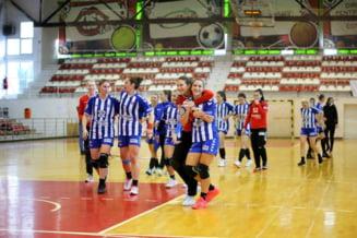 Echipa locala de handbal, lovita de COVID-19