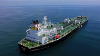 Echipajul unui petrolier, amenintat de pasageri clandestini in sudul Marii Britanii