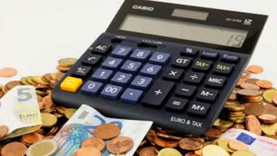 Economisirea in euro: ce alegem, titluri de stat sau depozite bancare?
