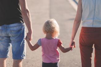 Educatie pentru parinti: Care este atitudinea potrivita fata de copil?