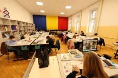 """Efectele dezastruoase ale pandemiei asupra educatiei din Romania. Cifrele care anunta un viitor sumbru: """"40.000 de elevi n-au intrat in Evaluarea Nationala"""""""