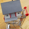 Efectul pandemiei asupra pietei imobiliare: Pretul apartamentelor noi va stagna, in timp ce creste interesul pentru case