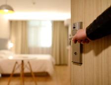 Efectul relaxarii restrictiilor in turism: a crescut de 17,6 ori numarul cazarilor in hoteluri si pensiuni