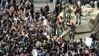 Egipt: Morti si raniti pe strazi, jurnalisti agresati