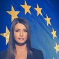 Elena Basescu: Catalin Ivan sa nu se mai ascunda dupa fustele colegelor
