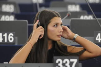 Elena Basescu: Stolojan, in loc sa se retraga la pensie, isi doreste un loc caldut in PE