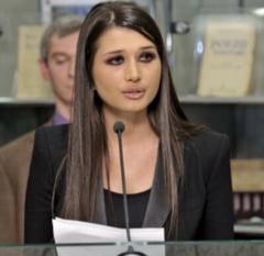 Elena Basescu, in PE: Ponta s-a solidarizat din nou cu hotii