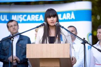 Elena Basescu, pe lista cu datornici a Fiscului: Cum explica mezina fostului presedinte