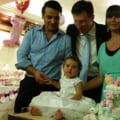 Elena Basescu a rupt turta fetitei: Ce a ales de pe tava nepoata presedintelui (Galerie foto)