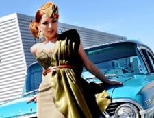 Elena Gheorghe, soldat sexy in noul videoclip