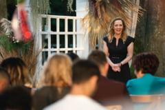 """Elena Lasconi, despre salariul de la primăria Câmpulung: """"Când eram la PRO TV făceam banii ăștia în 40 de minute"""""""