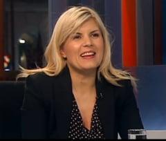 Elena Udrea: M-a sunat presedintele sa ma felicite