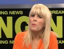 Elena Udrea: Mai bine cu pantofi cu toc la inundatii decat ca Ponta, sa lasi oamenii sa moara de frig