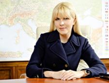 Elena Udrea: Politica nu este pe gasti, este pe voturi