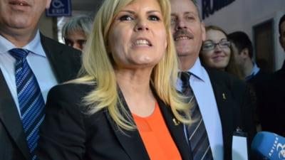 Elena Udrea: USL, un dezastru la absorbtia fondurilor europene