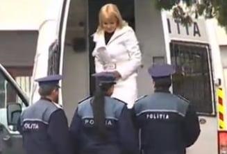 Elena Udrea, adusa cu duba de politie la DNA