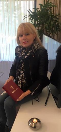 Elena Udrea, condamnata definitiv la 6 ani de inchisoare cu executare in dosarul Gala Bute. In plus, trebuie sa plateasca 2,6 milioane de euro