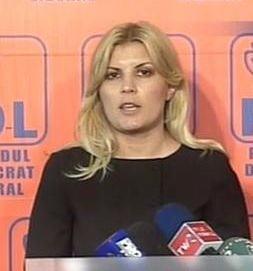 Elena Udrea, despre laudele la adresa ei si cum poti sa-ti rupi gatul in orice moment