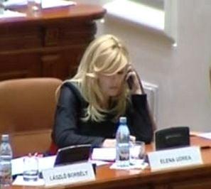 Elena Udrea, despre patimile femeii care vrea sa reuseasca in politica