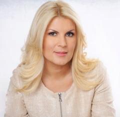 Elena Udrea, drept la replica: Eu am ramas tot timpul aceeasi