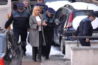 Elena Udrea, inca o cerere de arestare si trei noi acuzatii de luare de mita (Video)