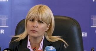 Elena Udrea, nou atac la SRI: Nu am incredere in nimeni. S-au activat acoperitii din presa