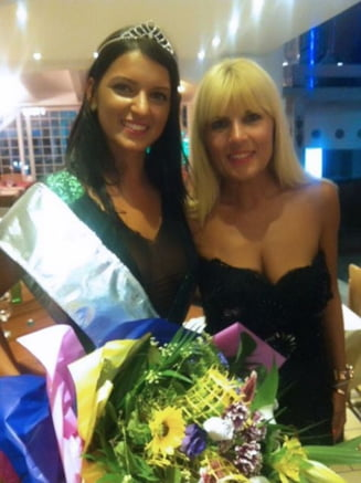 Elena Udrea, sexy la un concurs de miss (Galerie foto)