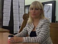 Elena Udrea a fost audiata in comisia SRI la sugestia lui Dragomir. Urmeaza Basescu, Andronic si Sarbu