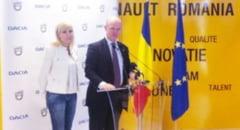 """Elena Udrea la Dacia: """"Un sprijin din partea Guvernului pentru o poveste de succes cum este Dacia este obligatoriu"""""""