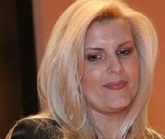 Elena Udrea nu se lasa: vrea reclama in presa din Marea Britanie
