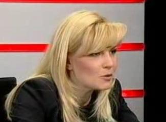 Elena Udrea nu voteaza cu PD-L la euroalegeri, ci cu Elena Basescu