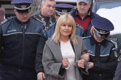 Elena Udrea raspunde din arest acuzatiilor DNA: Nu am primit o centima de la nimeni