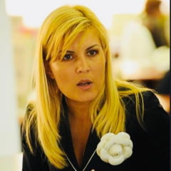"Elena Udrea spune ca nu vrea sa fuga din tara. ""Sunt un om liber, am un copil, vreau sa il cresc in libertate"""