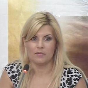 """Elena Udrea vrea sa atraga turistii cu """"fauna carnivora"""""""