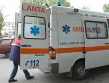 Elev de 14 ani injunghiat la Voluntari, in fata scolii