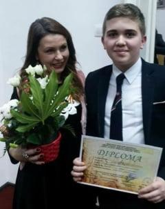 """Elev de la Colegiul National """"V. Alecsandri"""" din Galati, PREMIAT la un concurs literar"""