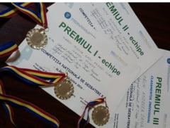 Elevi de la Cuza, premiati la concursul national de dezbateri K.P.