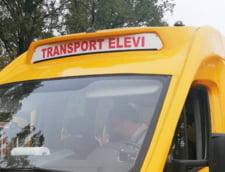 Elevii din invatamantul preuniversitar privat vor avea gratuitate la transportul public. Legea a fost promulgata de presedinte