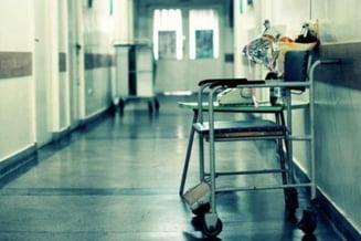 Elevul ucis la scoala a murit dupa o lovitura in abdomen