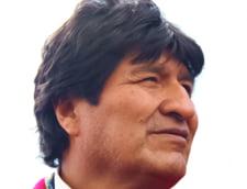 Elicopterul care il transporta pe Evo Morales a aterizat de urgenta. Acuzatii de atentat (Video)