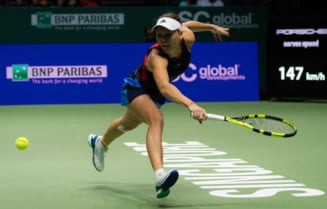 Elina Svitolina o invinge pe Caroline Wozniacki si avanseaza in semifinalele Turneului Campioanelor